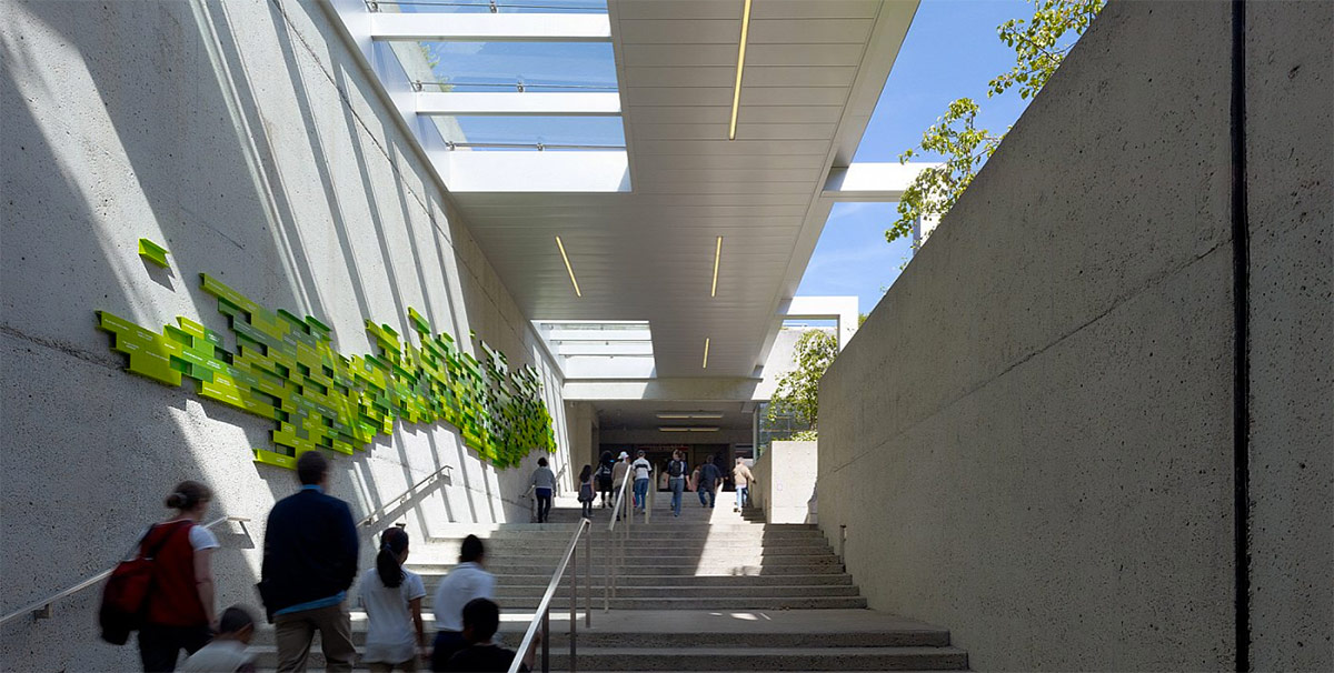Oakland Museum of California. Designed by Skidmore, Owings & Merrill. @enviromeant.com