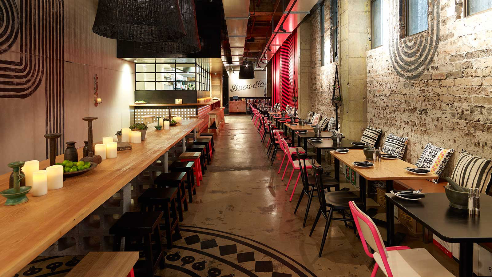 Environmental Graphics for Méjico Restaurant & Bar. Designed by Juicy Design / www.enviromeant.com
