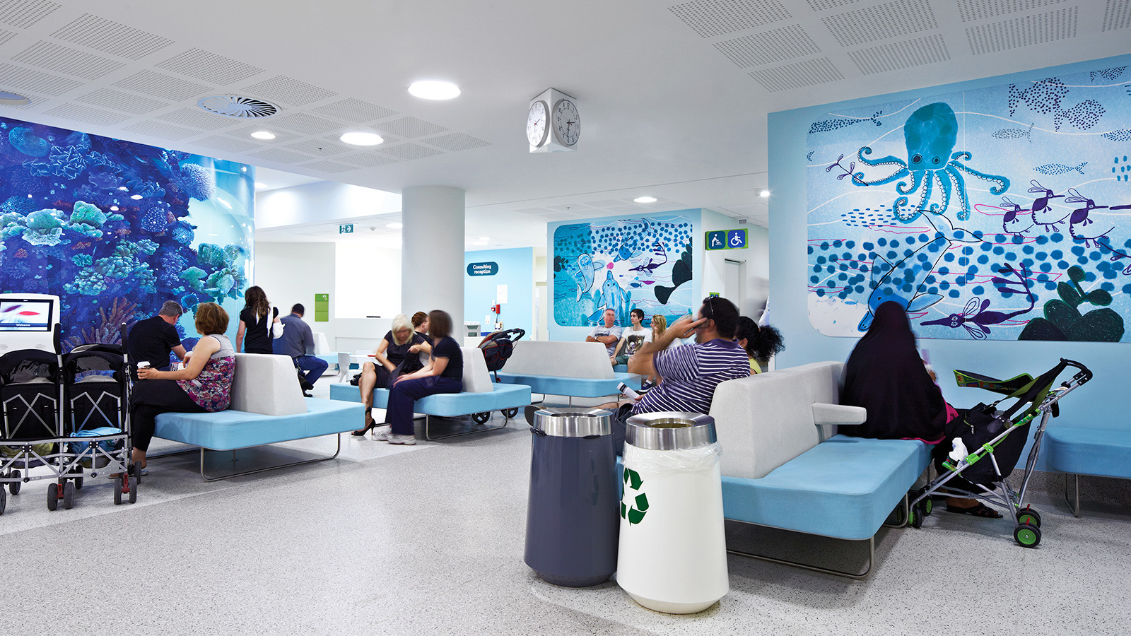 Royal Children's Hospital. Designed by Büro North / Illustrations by Jane Reiseger @enviromeant.com