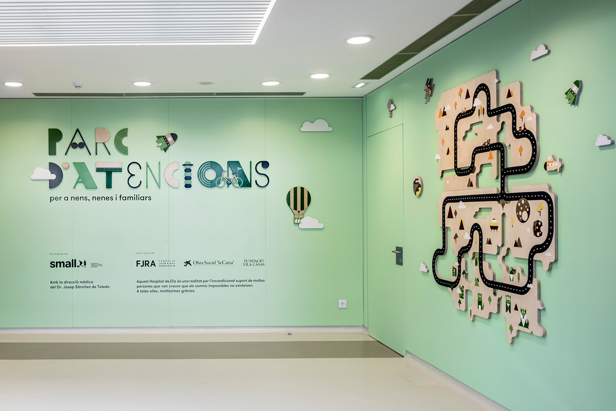 Mural for Children's Hospital by Toormix @enviromeant.com